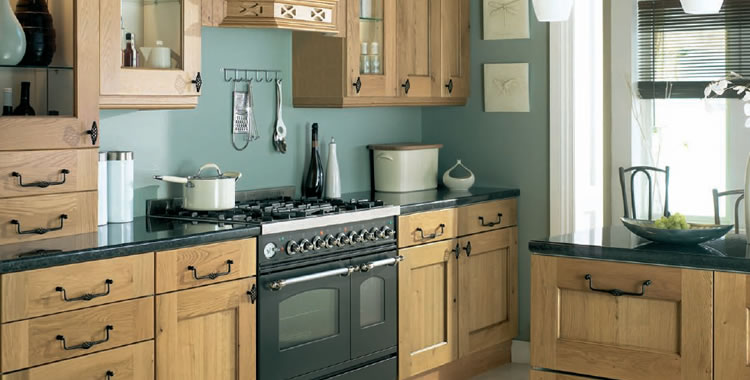Kitchen design bolton bespoke fitted kitchen design in bolton for Fitted kitchen designs